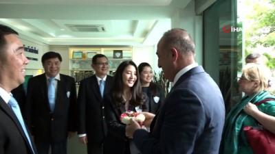 - Çavuşoğlu, Chiang Mai Ticaret Odası Başkanı İle Görüştü