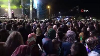 komedyen -  Komedyen Yavuz Seçkin, Canan Karatay taklidi ile kahkahalara boğdu