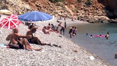 Turizmcilerden 'tatil dolandırıcıları' uyarısı - ANTALYA