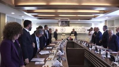 Bakan Turhan, KKTC Bayındırlık ve Ulaştırma Bakanı Atakan ile görüştü - ANKARA