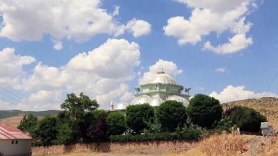yeni cami - Minare camiden 100 metre uzakta - BİNGÖL