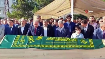 TRT eski Haber Dairesi Başkanı Nasuhi Güngör'ün babası son yolculuğuna uğurlandı
