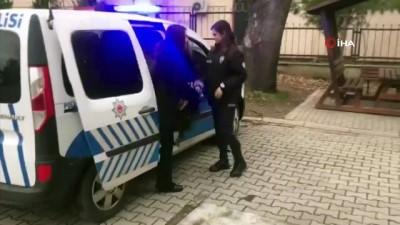 makam koltugu -  Polislerden öğrencilere karne sürprizi