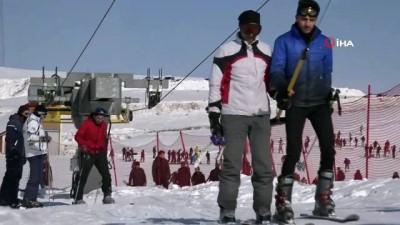 karne hediyesi -  Bingöl'de kayak merkezinde sömestre yoğunluğu