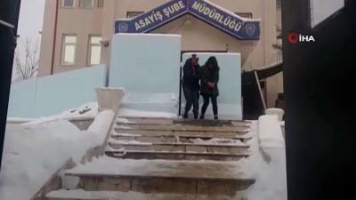 bassavciligi -  Girdikleri ikametteki şahısları darp edip paralarını gasp eden 3 kişi tutuklandı