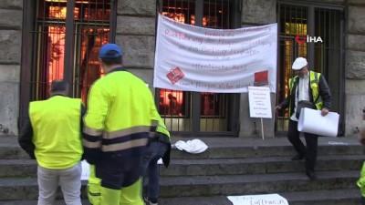"""2008 yili -  - Berlin'deki Tegel Havalimanı çalışanlarından """"işimi istiyorum"""" protestosu"""