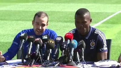 Fenerbahçe'nin yeni transferi Samatta: 'Burada olmak her oyuncunun hayalidir' (1) - İSTANBUL