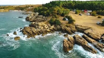kayali -  Karedeniz kıyısındaki tarihi taşocağı güzelliğiyle mest ediyor