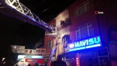 Düzce'de apartmanın en üst katında korkutan yangın