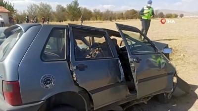 helikopter kaza -  Otomobiller kafa kafaya çarpıştı, ambulans helikopter olay yerine indi: 1 ölü, 4 yaralı