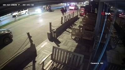 palmiye agaci -  Motosikletiyle palmiyeye çarpan kasksız sürücü, ölümden döndü