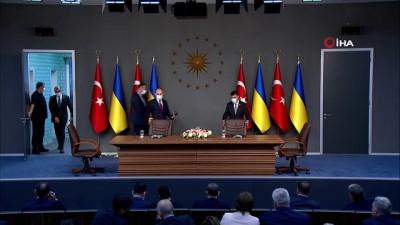 """Cumhurbaşkanı Recep Tayyip Erdoğan: """"Ukrayna ile FETÖ ve diğer terör örgütleriyle ortak mücadelede eşgüdümümüz güçlendirme konusunda mutabıkız"""""""