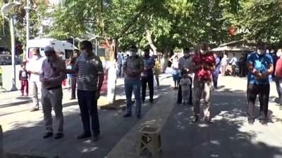 - Adıyaman'da Azerbaycan için gıyabi cenaze namazı kılındı
