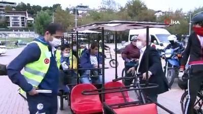 Görme engelli bireyler farkındalık için pedal çevirdi