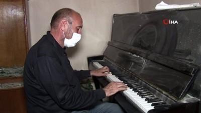 - Gence'de saldırıya uğrayan İlhami Abbasova'dan Ermenistan'a piyano ile 'Sarı gelin' serzenişi