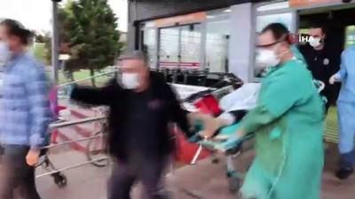 Kayınpederi ile silahla çatışırken 1 kişiyi ağır yaraladı