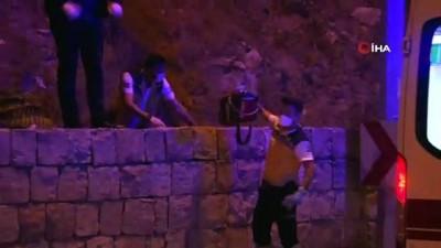 kayali -  Kayseri'de dehşet... Başına taşla vurup öldürdü, kayalıklardan atıp üzerini taşla örttü