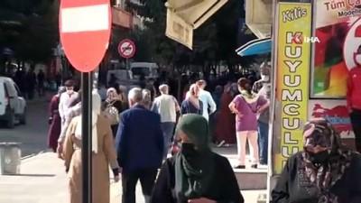 O caddelerde sigara içme yasağı başladı, vatandaşlar destek verdi