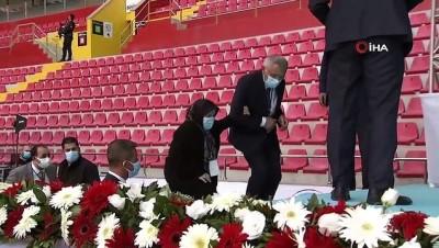 diyalog -  Cumhurbaşkanı Erdoğan ile Safiye Teyze arasında gülümseten diyalog