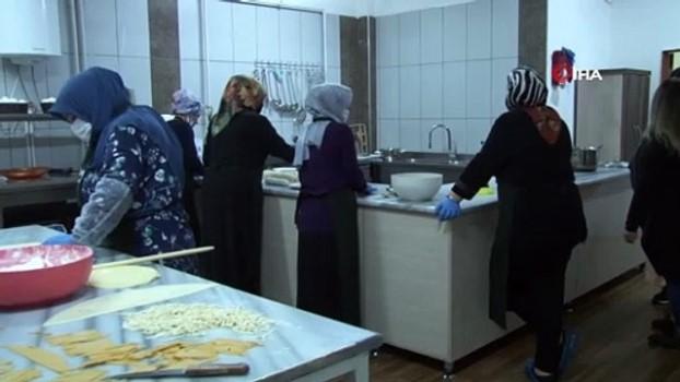 fabrika -  Bu kafeyi yalnızca kadınlar işletiyor