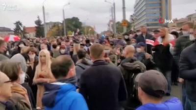 - Lukaşenko'ya verilen istifa süresinin dolması ile Belarus sokakları yeniden karıştı - 128 kişi gözaltına alındı
