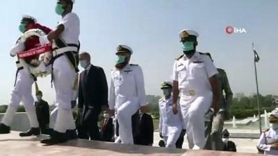 - Milli Savunma Bakanı Hulusi Akar, Pakistan'da Mehter Marşıyla karşılandı