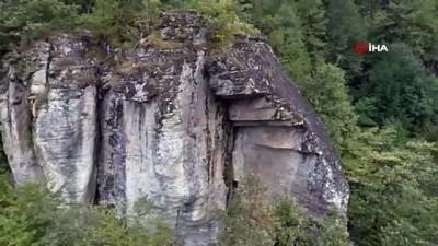 yayla turizmi -  Kaya mezarları ve takım şelaleleri için turizm yolu