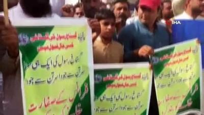 - Pakistan'da Fransa protestosu