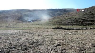 keskin nisanci -  Başkale'de silah ve patlayıcı ele geçirildi
