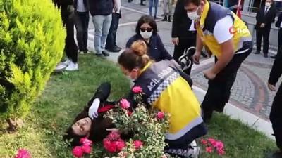 Liseli genç kız bir anda yere yığıldı