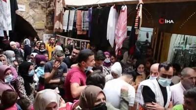 - El Halil'de Mevlit Kandili'ni kutlamaya giden Filistinlilere İsrail engeli