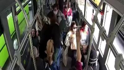 Otobüs sürücüsü fenalaşan yolcuyu hastaneye böyle yetiştirdi