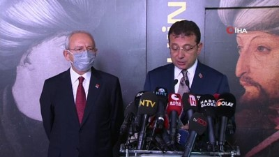 CHP lideri Kemal Kılıçdaroğlu, Fatih Sultan Mehmet tablosunun ön gösterimine katıldı - Fatih Sultan Mehmet tablosunun ön gösterimi İBB'de yapıldı