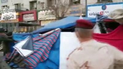 - Bağdat'ta 1 yılın ardından Tahrir Meydanı ve Cumhuriyet Köprüsü yeniden trafiğe açıldı