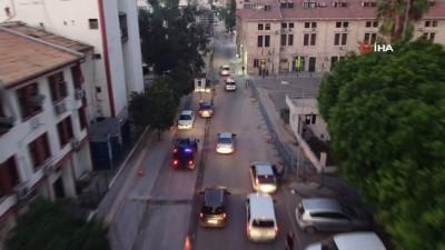 Mersin'de 'torbacılara' şafak operasyonu