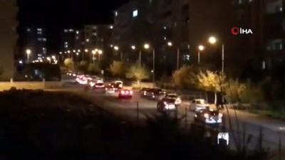 - Diyarbakır'da yasağa rağmen düğün konvoyları sürüyor