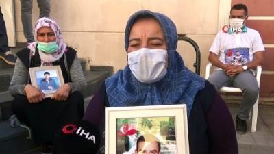 Evlat nöbetindeki ailelerin HDP önündeki eylemi 400'üncü gününde