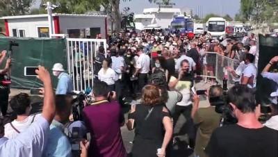- KKTC'de 46 yılın ardından Kapalı Maraş yeniden halka açıldı
