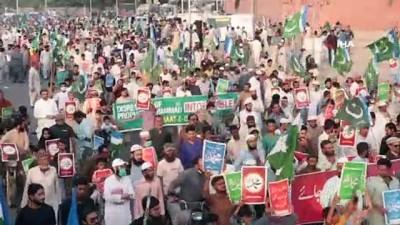 - Pakistan'da Fransa karşıtı protesto