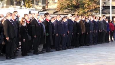 saglik calisani - Büyük Önder Atatürk'ü anıyoruz - MANİSA