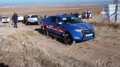 Yozgat'ta ölü bulunup gömüldüğü iddia edilen yakalı toy kuşu ile ilgili araştırma