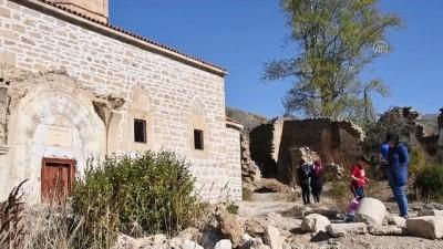 GÜMÜŞHANE - (Drone destekli) 670 yıllık İmera Manastırı'nda kısmi restorasyon tamamlandı