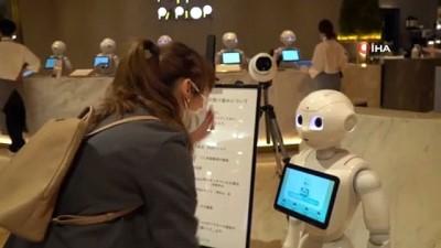 teknoloji -  - Japonya'da robot garsonlar görev başında