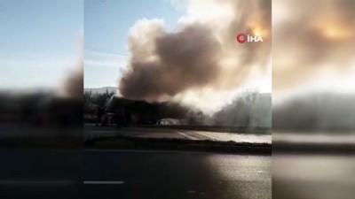 ilk mudahale -  Hafriyat tırında çıkan yangın itfaiye ekiplerince söndürüldü