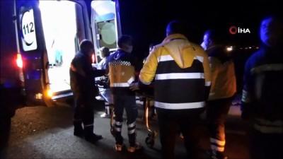 ilk mudahale -  Muratlı'da 2 otomobil kavşakta çarpıştı: 3 yaralı