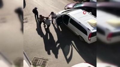 kamera -  - Kazada kızı korkan baba, diğer sürücünün üstüne yürüdü