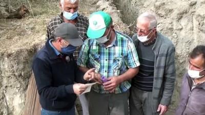 irak - BURDUR - Su kuyusuna, şişede not bırakma geleneğini bir asırdır yaşatıyorlar