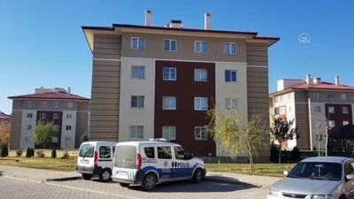 hastane - ERZİNCAN - Çatıdan düşen işçi hastanede hayatını kaybetti