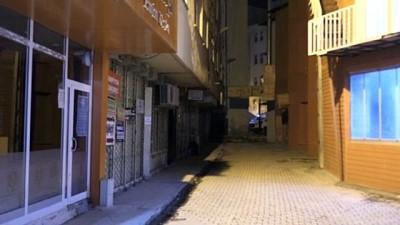polis ekipleri - HAKKARİ - Sokağa çıkma kısıtlamasına uyuluyor