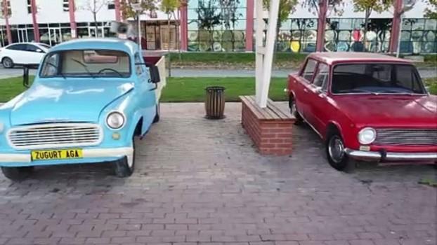 ogrenciler - KARABÜK - Araç müzesi ziyaretçilerini zamanda yolculuğa çıkarıyor (TEKRAR)